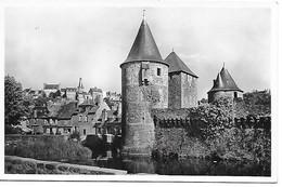 35 FOUGERES Château Tour De Guémadeuc - Fougeres