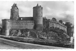 35 FOUGERES Le Château Les Tours - Fougeres