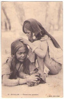 (Algérie) 039, Enfants, Geiser 12, In-Salah, Chasse Aux Parasites - Kinder