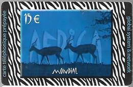 CARTE-PREPAYEE-15€;-MONDIAL-GLOBAL-NETWORK-BLEUE-31/12/2004-V°Code N° Série Par4x 3Chiffres Sur Fond Gris-Gratté-TBE - Prepaid-Telefonkarten: Andere